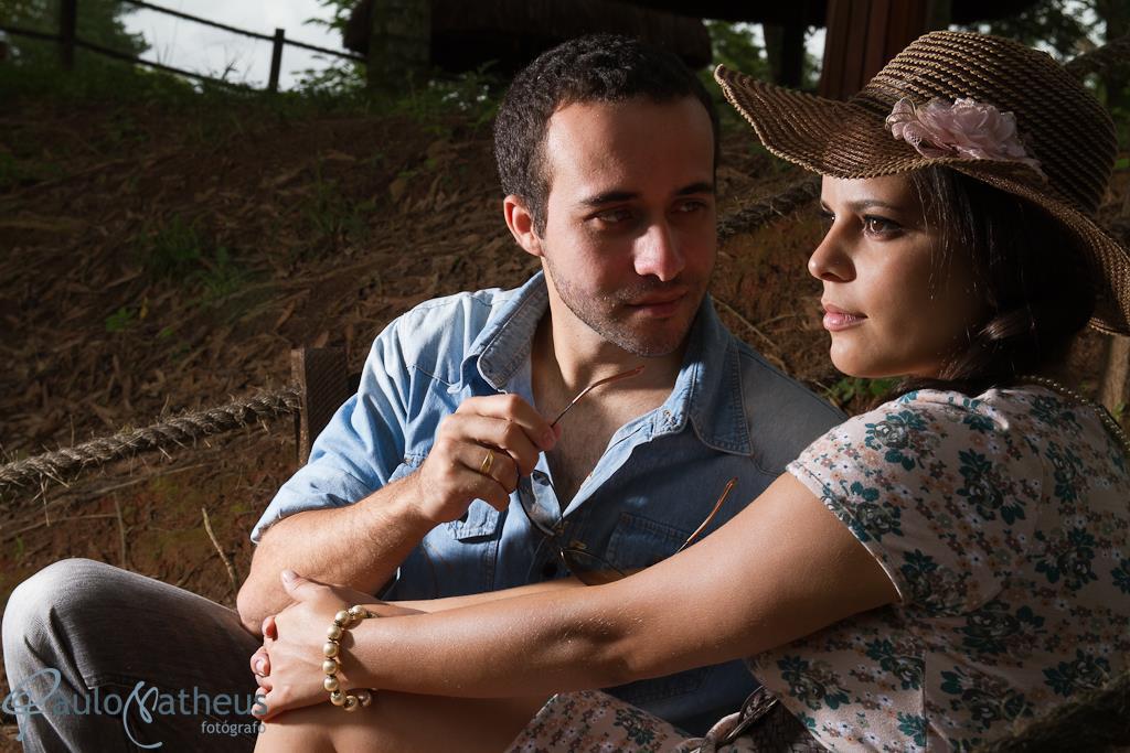 casal namorando em saio fotográfico de casal
