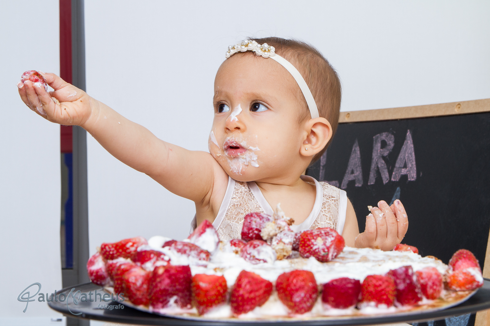 ensaio fotográfico Infantil estilo Smash the Cake