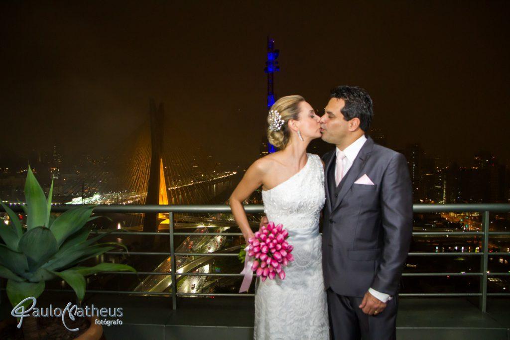 Vista da Ponte Estaiada em casamento no Hotel Hyatt em São Paulo