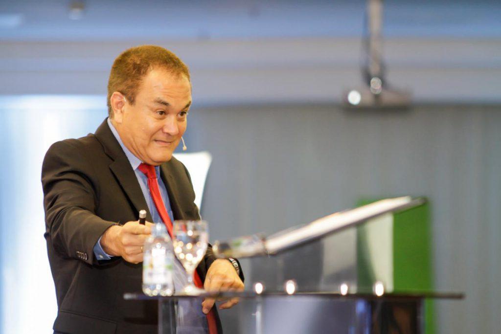 Roberto Shinyashiki fotografado pelo fotógrafo para evento corporativo Paulo Matheus