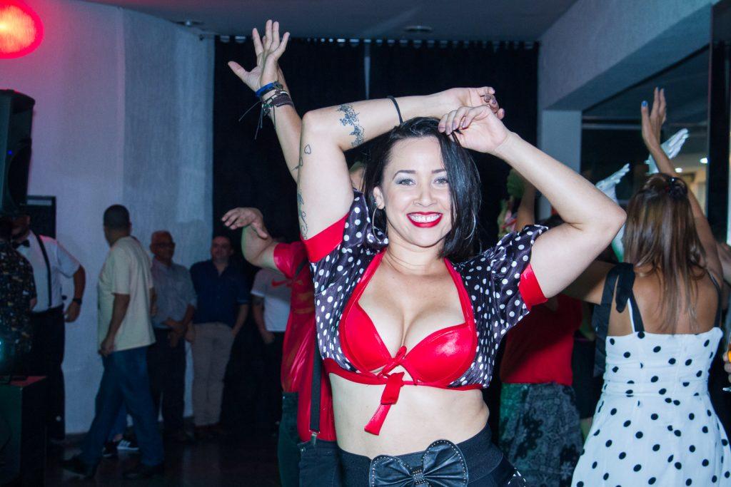 Festa de confraternização com dançarinos na pista por Paulo Matheus Fotógrafo