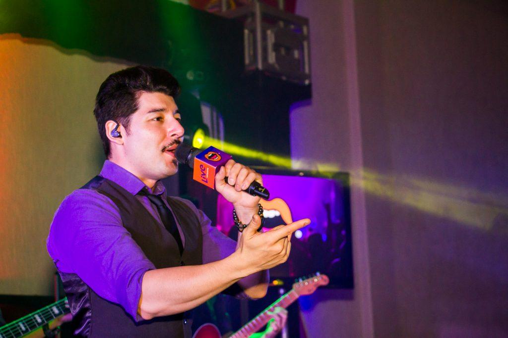 Banda Live Karaokê em festa de confraternização