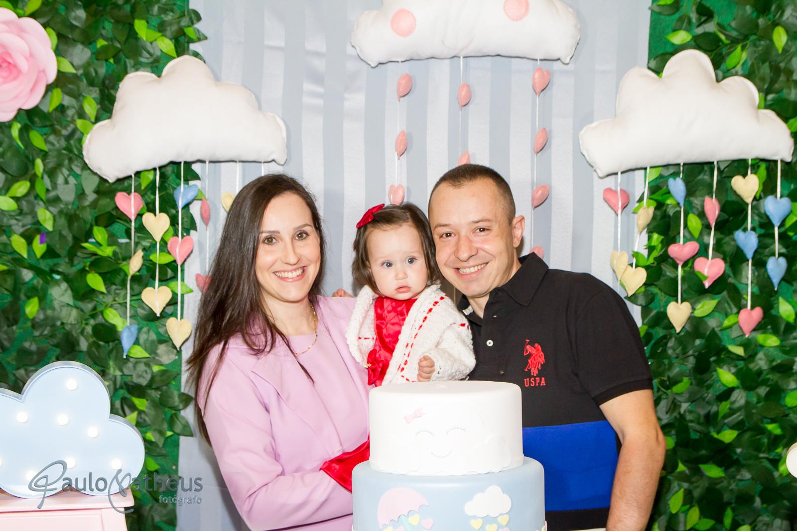 festa de aniversário de um ano com papai e mamãe