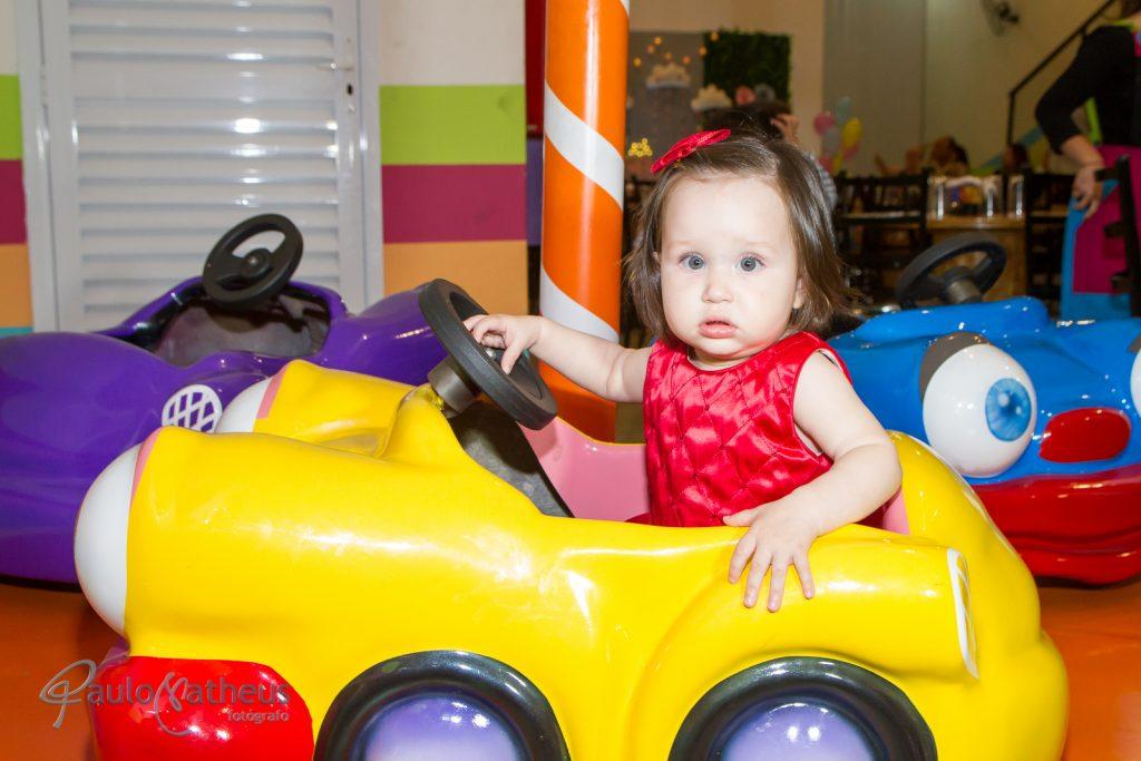 Helena em sua festa de aniversário de um ano